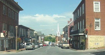 Historic Downtown Lexington Virginia.  A Walk from Llewelyn Lodge.